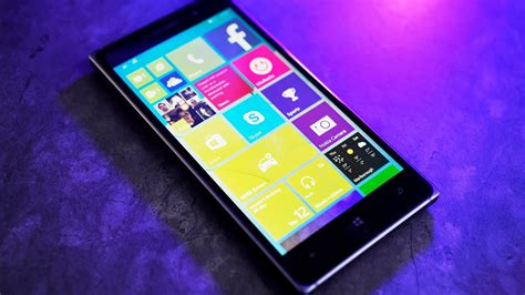 Windows 10 for Phone hands on (Lumia 830) - YouTube