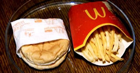 McDonald's burger and fries show no sign of rot after 6 years