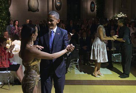 Barack and Michelle Obama Dancing the Tango in Buenos